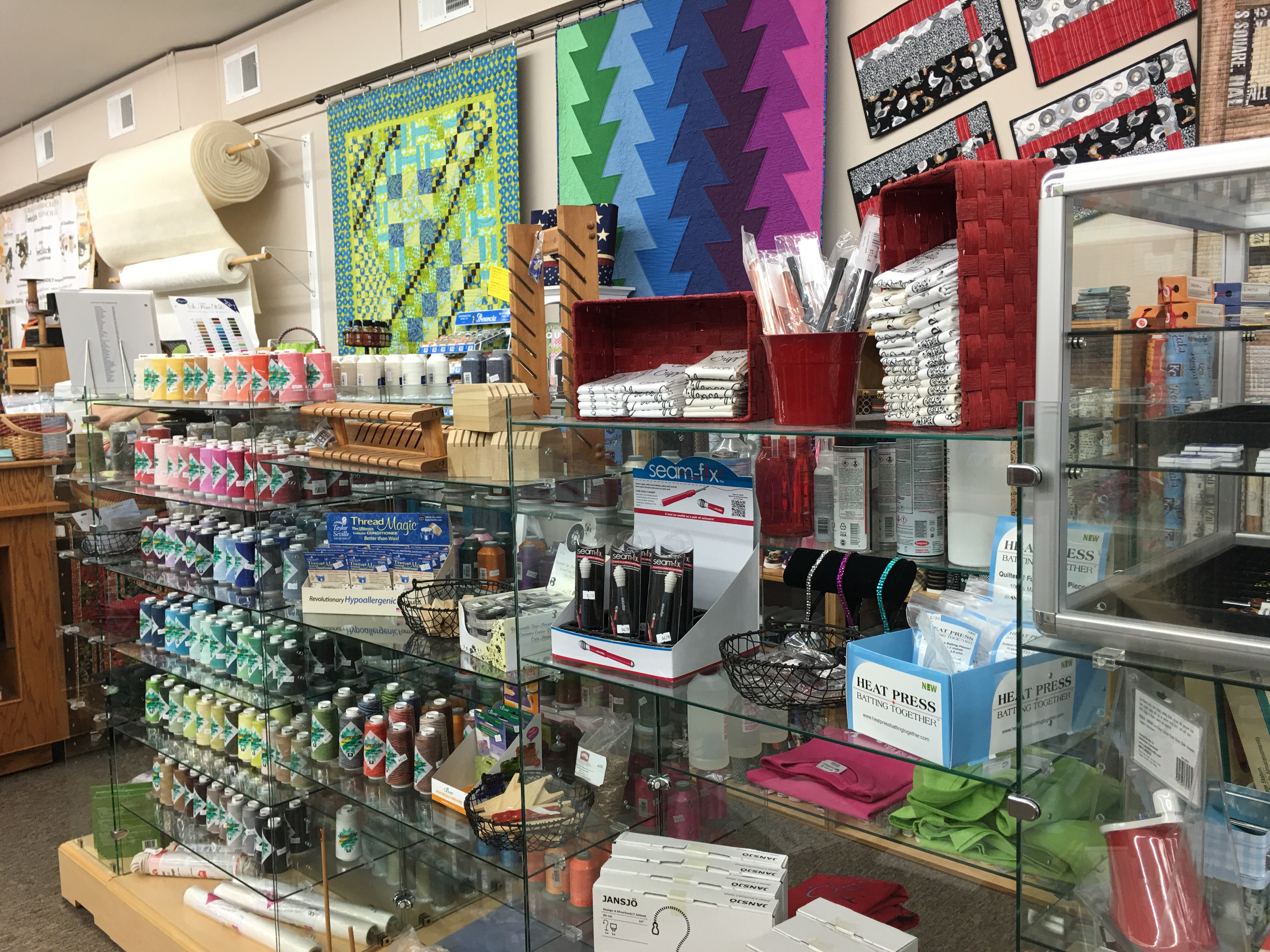 Quilt Shop Review – Show-Me Quilting, Raytown, Missouri | Pink ... : quilting store near me - Adamdwight.com
